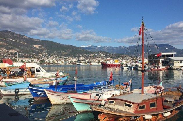 alanya-harbour-2819339_960_720.jpg